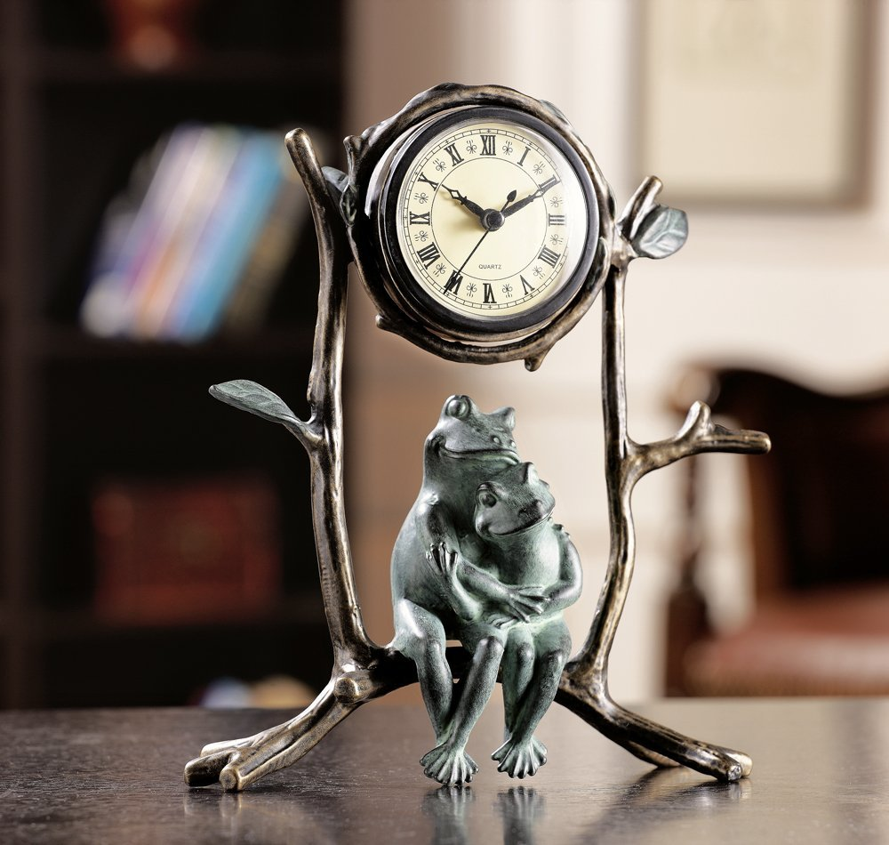 cute frog couple clock