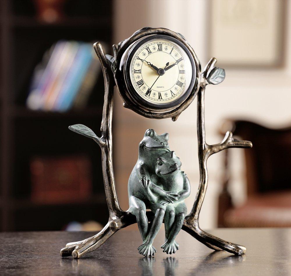cute frog couple clock
