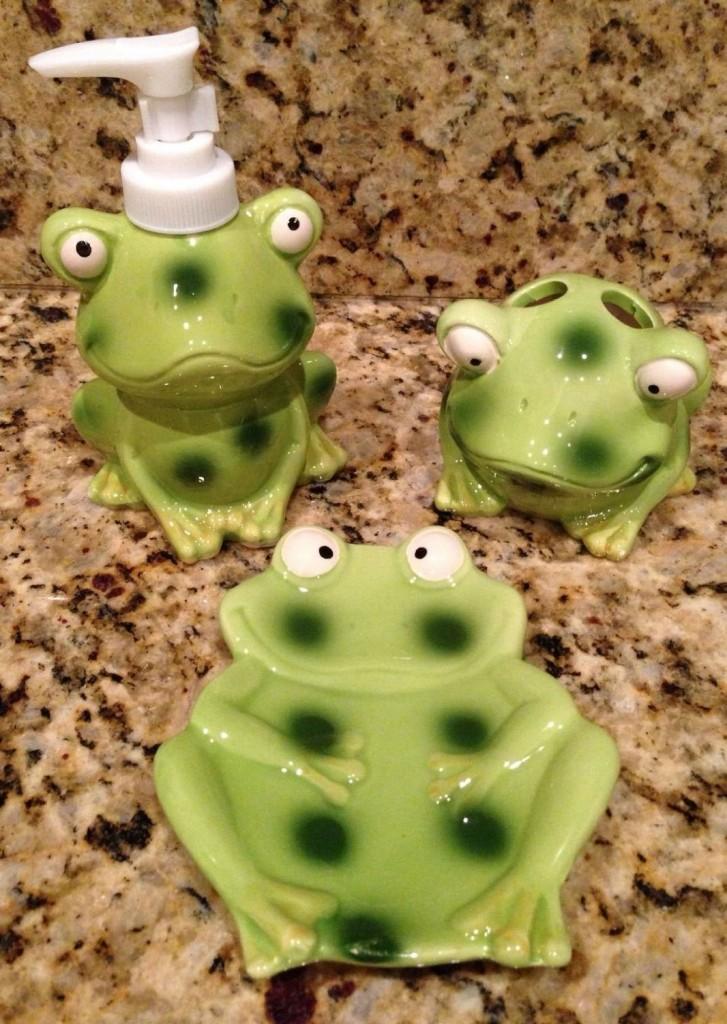 Frog/Toad Bathroom Decor Accessory Set